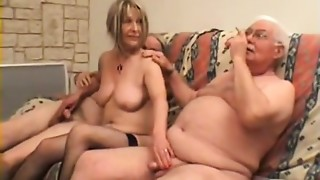Blowjob,Femdom,Fucking,Swingers,Threesome