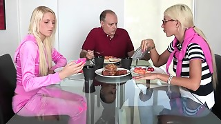 Blonde,Caught,Fucking,Mature,MILF,Petite,Stepmom,Teen