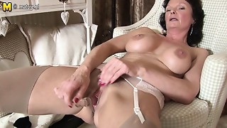 British,Grannies,Masturbation,Mature,MILF