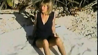 Cuckold,MILF,Outdoor