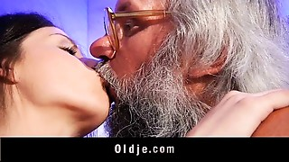 Bathroom,Blowjob,Brunette,Cumshot,Doggystyle,Facial,Fucking,Mature,Old and young,Teen