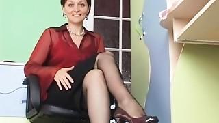 Flashing,Mature,MILF,Stockings,Upskirt