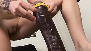 Brunette,Brutal,Fisting,Masturbation,Petite,Sex Toys,Solo