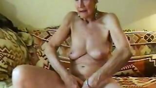 Grannies,Mature,Voyeur
