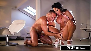 Big Ass,Big Boobs,Blowjob,Brunette,Extreme,Latina,Oiled,Squirting,Wife