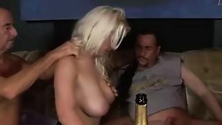 Blowjob,Cumshot,Group Sex,Fucking,Swingers