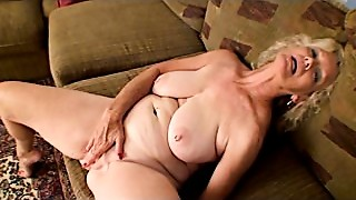 Fingering,Grannies,Mature,Nipples