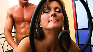 Big Ass,Brunette,Doggystyle,Fucking,Mature,MILF