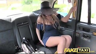Amateur,Car Sex,Cumshot,Doggystyle,Fake,Homemade,POV,Reality,Tattoo