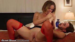Blonde,Blowjob,Cumshot,Fucking,Kissing,Lingerie,Mature,MILF,Old and young,Pornstar