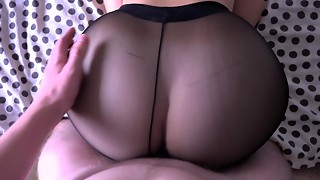 Amateur,Big Ass,Cumshot,Fucking,Panties,Pantyhose,Russian,Teen