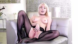 Blonde,Lingerie,Masturbation,Solo,Strip,Teen