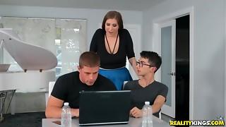 Big Ass,Big Boobs,Blowjob,Brunette,Chubby,Fucking,Petite