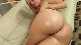 Ass to Mouth,Big Ass,Blonde,Blowjob,Cumshot,Fucking,Oiled