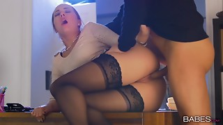 Fucking,Office,Secretary,Sister,Stockings