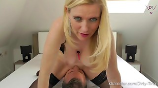 Amateur,Babe,Big Boobs,Double Penetration,Face Sitting,Fucking,Natural