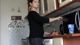 Beautiful,Couple,Facial,Mature,Redhead,Squirting,Wife