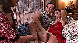 Gangbang,Group Sex,Fucking,Mature,MILF,Old and young,Stepmom,Threesome