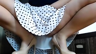 Brunette,Solo,Upskirt,Webcams